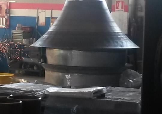 Fabbricazione Metallo - Diffusore Durante Assemblaggio